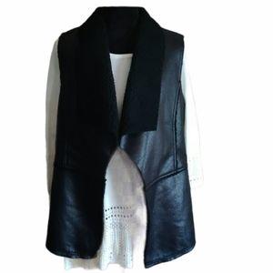 Liz Claiborne Large Sleeveless Black Vest NWT